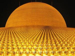 dhammakaya-pagoda-472490_640