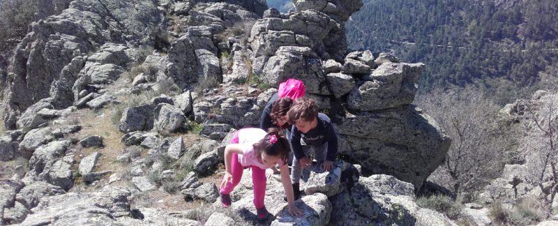Senderismo con niños por las Crestas de Abantos