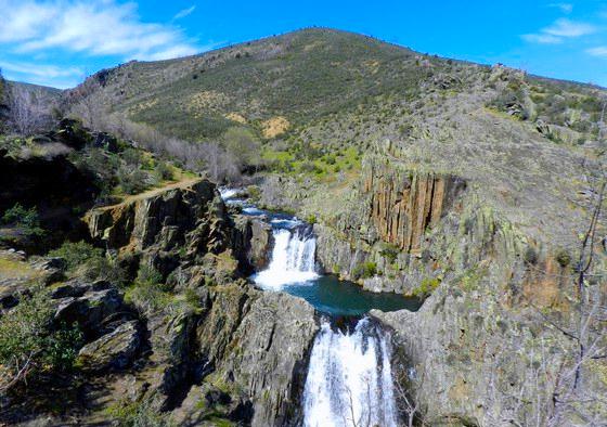 Senderismo a las Cascadas del Aljibe con El Caminante y su Sombra