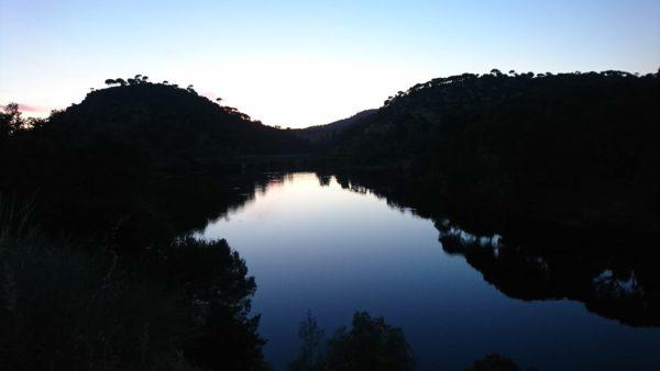 Senderismo nocturno por la Presa de Picadas, (río Alberche) con El Caminante y su Sombra