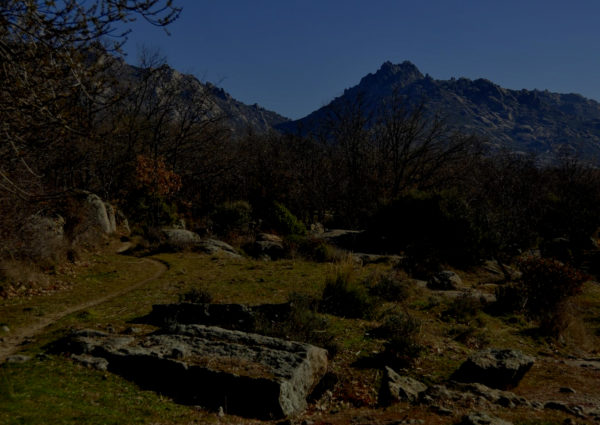 Senderismo nocturno por ermitas de la Hoya de San Blas con El Caminante y su Sombra
